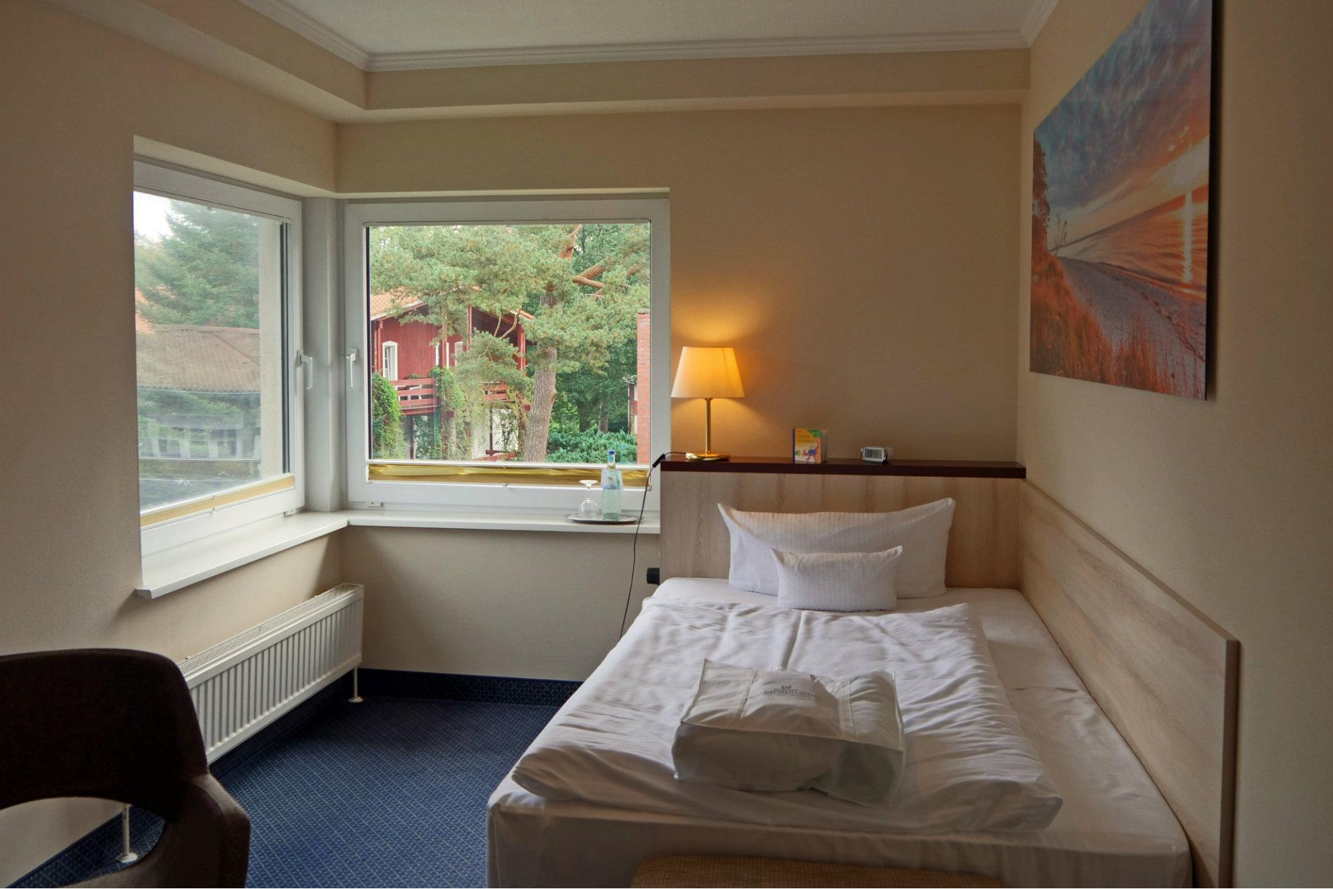 Einzelzimmer Bett Hotel Waldschlösschen