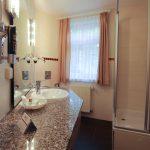 Badezimmer Juniorsuite Hotelzimmer