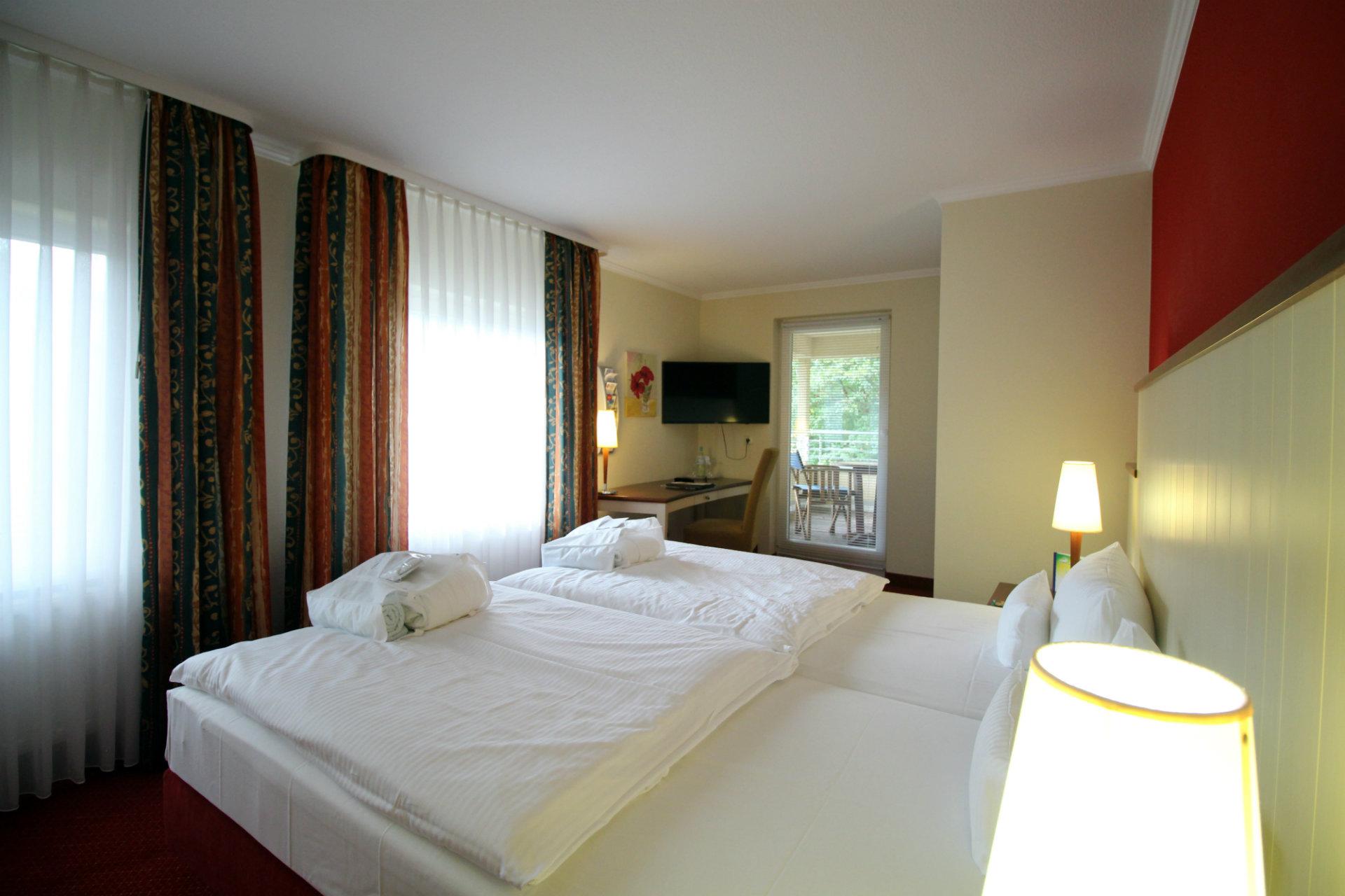 osteehotel waldschl sschen prerow suiten mit loggia. Black Bedroom Furniture Sets. Home Design Ideas