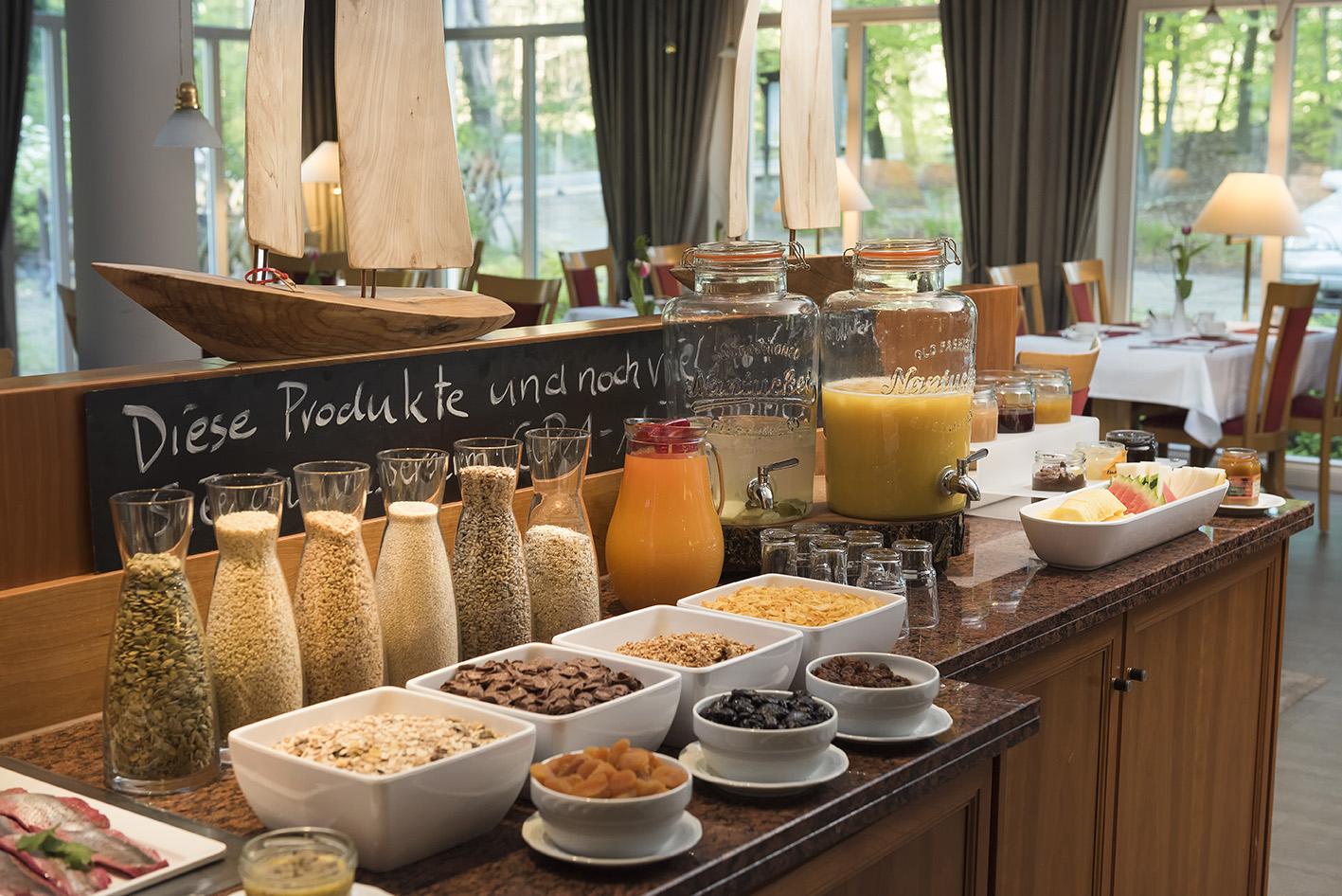 Best Western Waldschlösschen Prerow frühstücksbuffet müsli